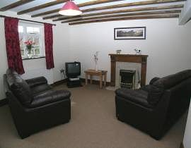 Fat Ox Cottage - Lounge