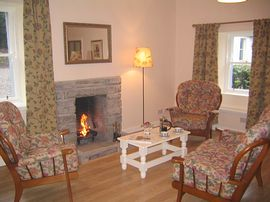 Tiree Cottage lounge