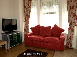 Berkswell Holiday Apartments - Apartment 1 - sleeps up to 4 persons.