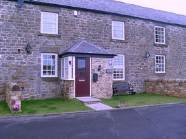Drovers Cottage Self-Catering - Front of Cottage