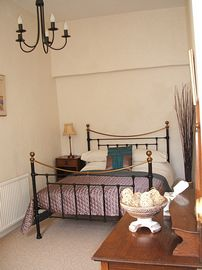 The Manse - Upstairs Bedroom