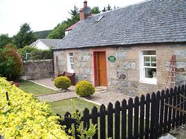 Kintore Cottage -