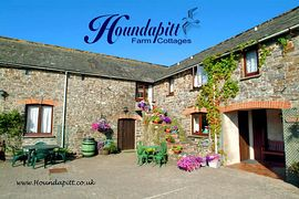 Houndapitt Cottages -