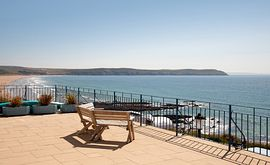 Devon Beach Court -