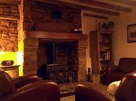 Bric-a-Brac Holiday Cottage - Inglenook fireplace
