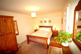 Y Wern master bedroom