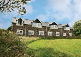 Moorhead Country Holidays - Barn apartments