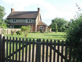 Cooks Green Holiday Cottage -