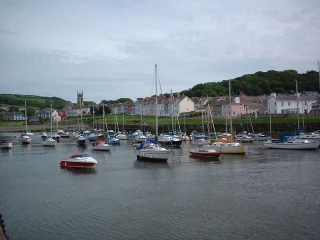 Aberaeron Harbour © Colette Bettis