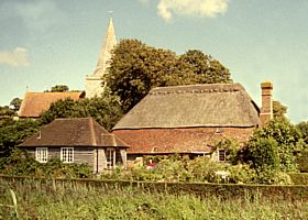 Alfriston Church and the Clergy House © Diana Hitchin