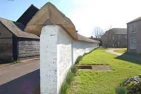 The Thatched Wall © Colin Jackson
