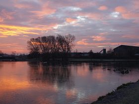 Sunrise over Askern lake © Clive Mitchell