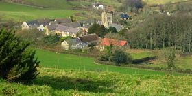 Askerswell from the A303 © Paul Evelyn