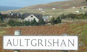 Signboard with a view of Aultgrishan in the background © Aurea B. Lingamen