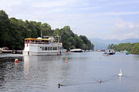 Balloch Loch Lomond © John Mcleish www.images-scotland