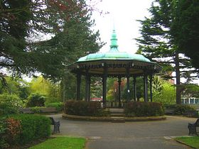 Band Stand In Mill Gardens © Tony Bacon