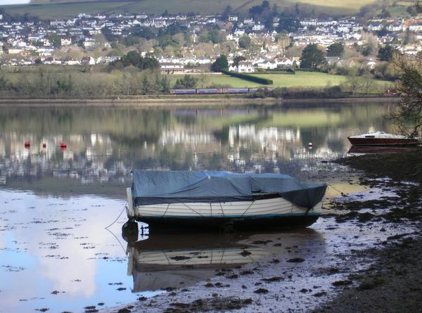 The river Teign looking towards Bishopsteignton