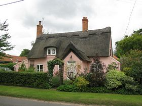 Thatched House in the Street © Peggy Cannell