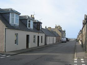 Land Street Buckie - typical cottage © Jane Jamieson