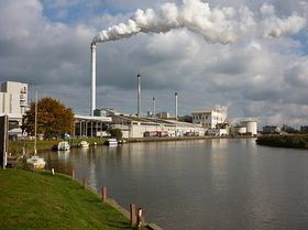 Sugar beet Factory by the River Yare © Peggy Cannell