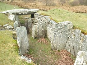 Neolithic burial chamber at Capel Garmon © Jim Sumner