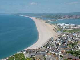 Chesil Beach © Dave Quinnell