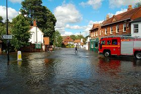 High Tide in Chobham (c) chris.loxton via Flickr