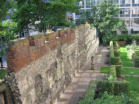 London Wall © Janet Daniels