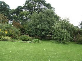 Gardens at Shandy Hall, Coxwold © Anne Zanotti