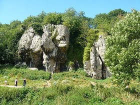 Creswell Crags © Tony Bacon