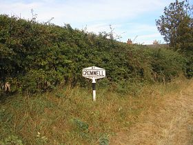 Cromwell Sign © Rod Morris