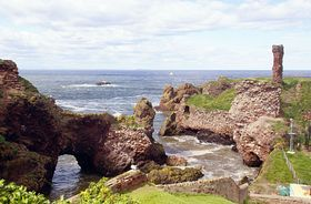 Dunbar - natural arch and part of the castle © Rod Jones