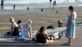 Dymchurch - The Hottest October Day on Record - Oct 2011 (c) Gareth Williams via Flickr