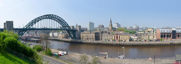 Panoramic view of Newcastle, including the Tyne Bridge, seen from Gateshead