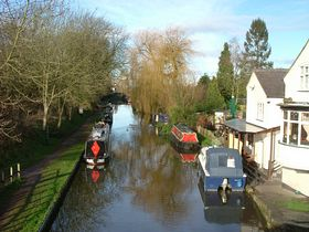 Canal from The Boat Inn © Andrew Howell