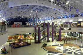 The interior of the south wing of The Galleria in Hatfield (c) Cmglee via Wikimedia