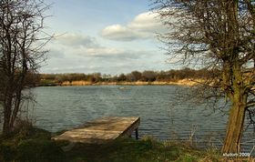 Lake at Hetton-le-Hole © Amanda Iriwin