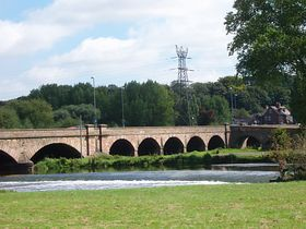 Old Burton Bridge. Horninglow © Shirley Leedham