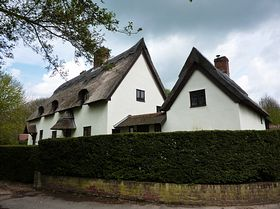 Thatched Houses © Peggy Cannell