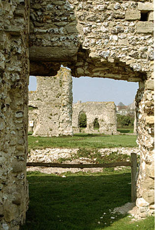 Remains of Lewes Priory © Diana Hitchin