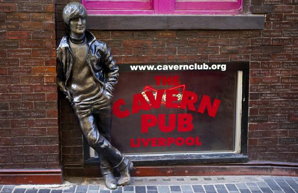Statue of John Lennon opposite the Cavern Club in Mathew Street