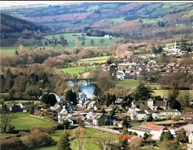 Llyswen overlooking Wye Valley © Martin Eve