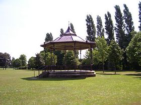 Band stand,West Park © Phil Smith