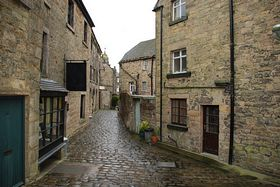 Cobbled street Longnor by Steve Rhodes