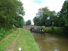 Allens lock on the Oxford canal  © Jim Payler