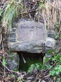 Macbeths Well © Philippa Davie