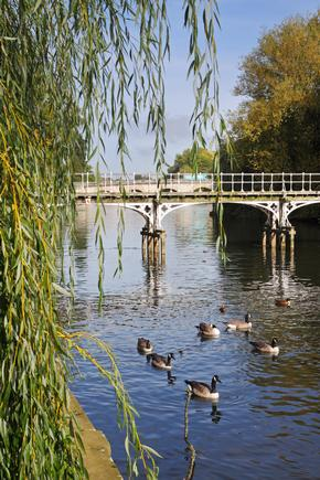 Footbridge over the River Thames in Maidenhead, England
