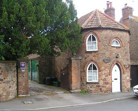 Old Toll House © Geoff Taylor