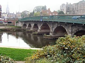Newark Bridge, Newark-on-Trent © Ted Clark