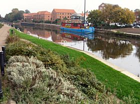 Castle Barge, Newark-on-Trent © Ted Clark